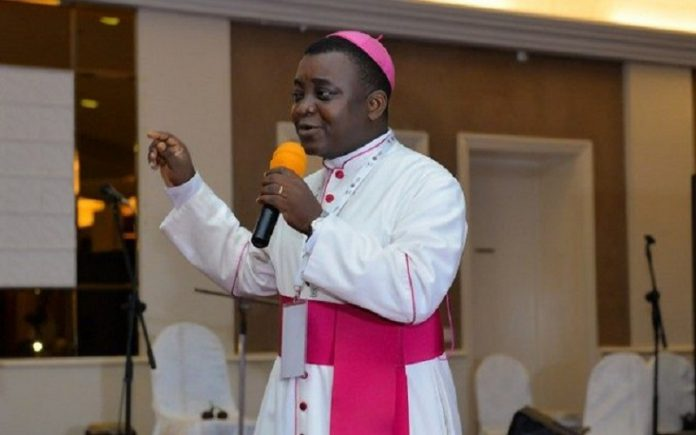 La messe de célébration des 90 ans de Mgr Kpodzro est reportée
