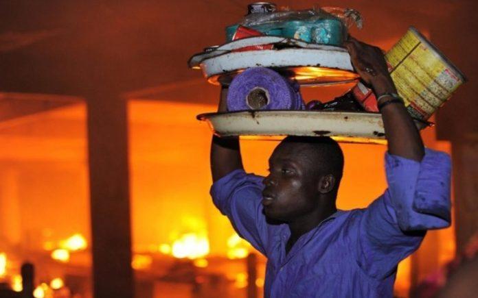 Incendies des marchés Lomé et Kara